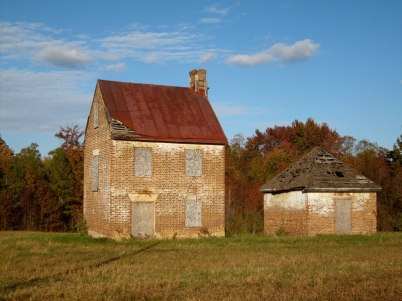 Old Home Awaiting for Restoration - King George County, VA
